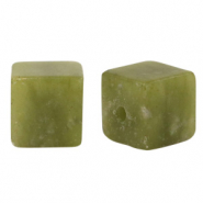 8 mm natuursteen kralen square Olive green